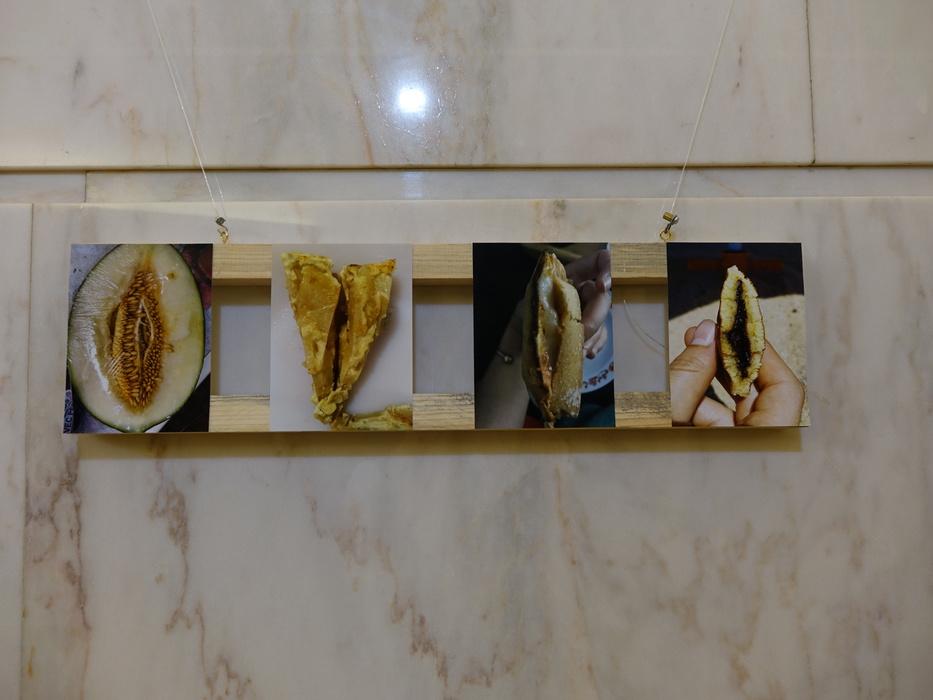 выставка фото вагин отражается